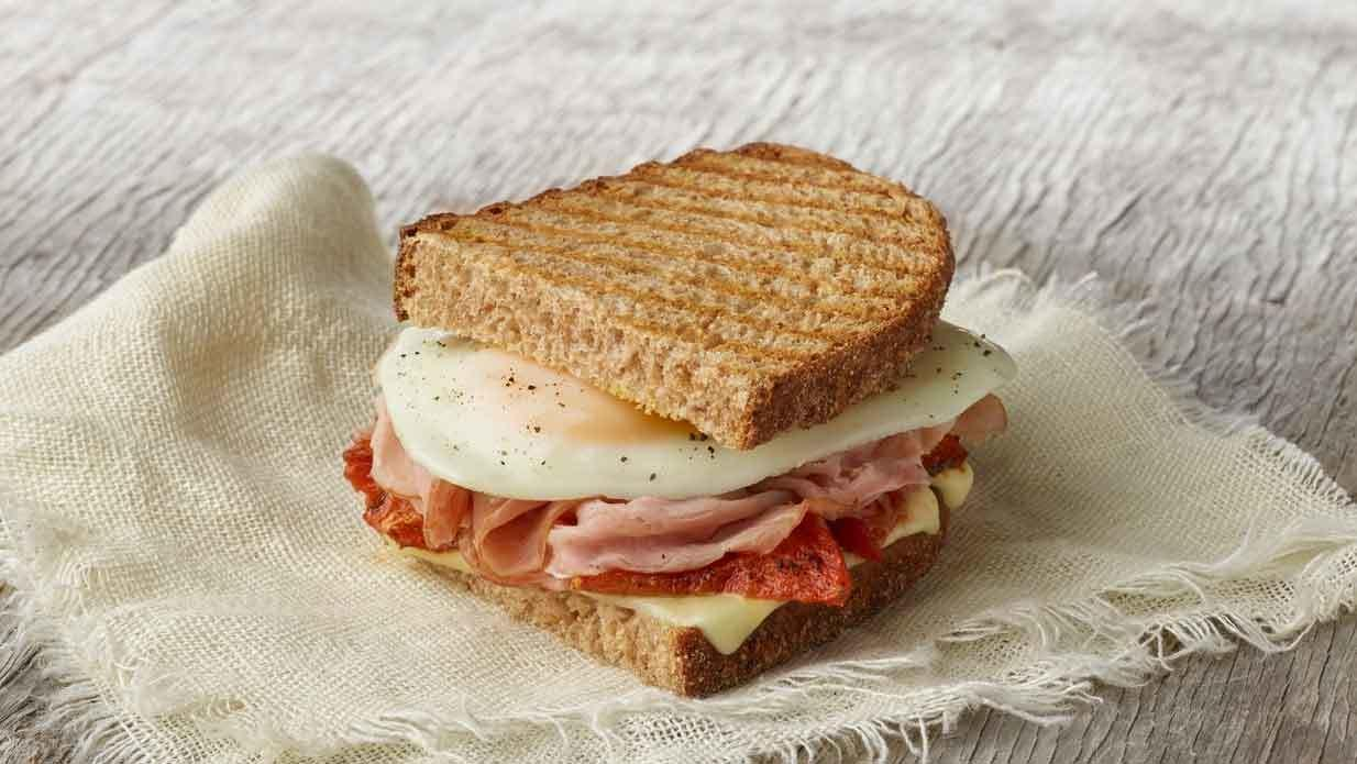 Panera Ham, Egg & Roasted Tomato Sandwich Nutrition Facts